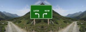 Instant gratification vs delayed gratification